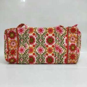 NWT Vera Bradley large duffel Bag folkloric